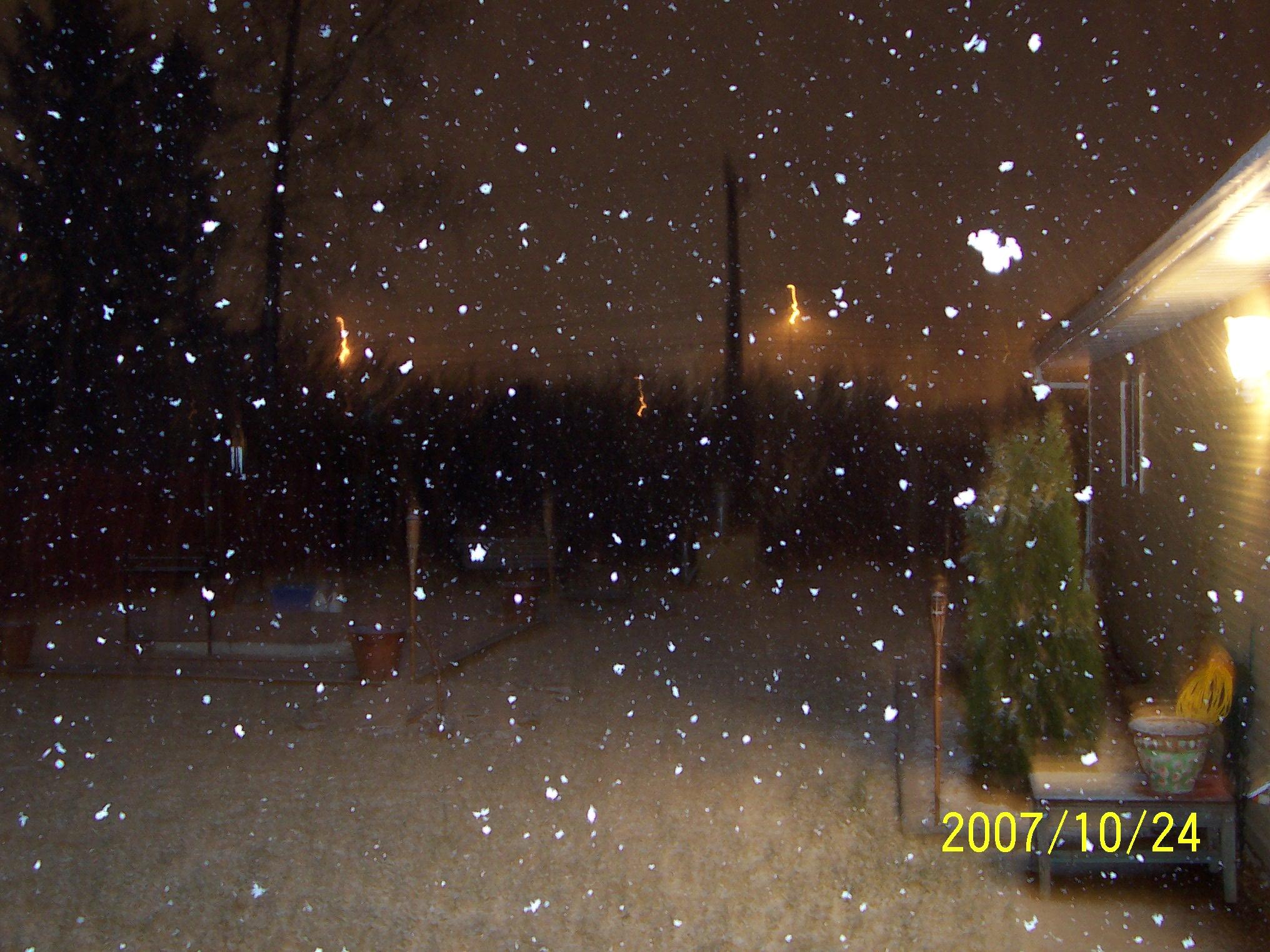 snowthree